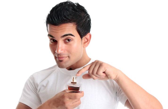 Hogyan kell használni a Feromon Parfümöt